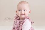 vakker_prinsesse_smil_baby7mnd_karinfoto_no_babyfotograf_sarpsborg