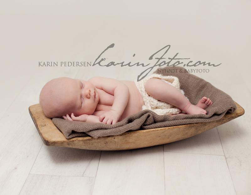 Nyfødtfotografering baby 4 uker