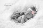 babyfotograf_KarinPedersen_KarinFoto_nyfodtfoto_sarpsborg-18