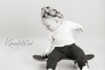 ettårsfotografering_ettår_fotografering_babyfotograf_karinfoto_no_skateboard