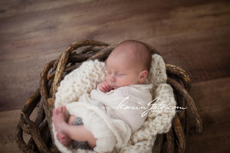 Vakker,nyfødtfotografering,karinfoto,2013