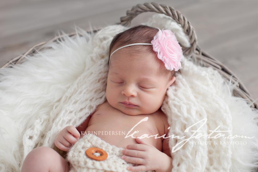 Nyfødtfotografering,karinfoto,babystudio