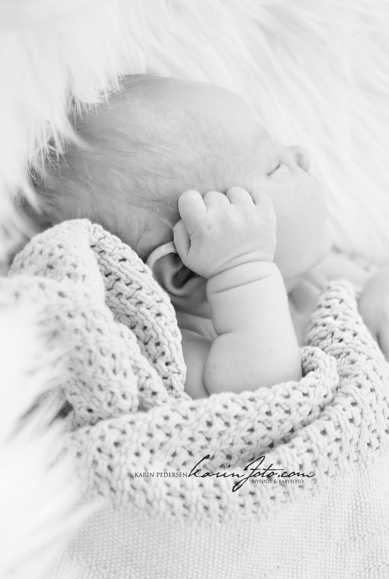 Sorthvitt,Nydelig,babyfotografering,nyfødt2013,vakker,karinfoto,babyfotograf,østfold,østlandet