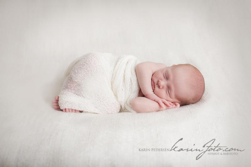 Nyfødtfoto,Nyfødtfotografering,babyfotograf,karinfoto