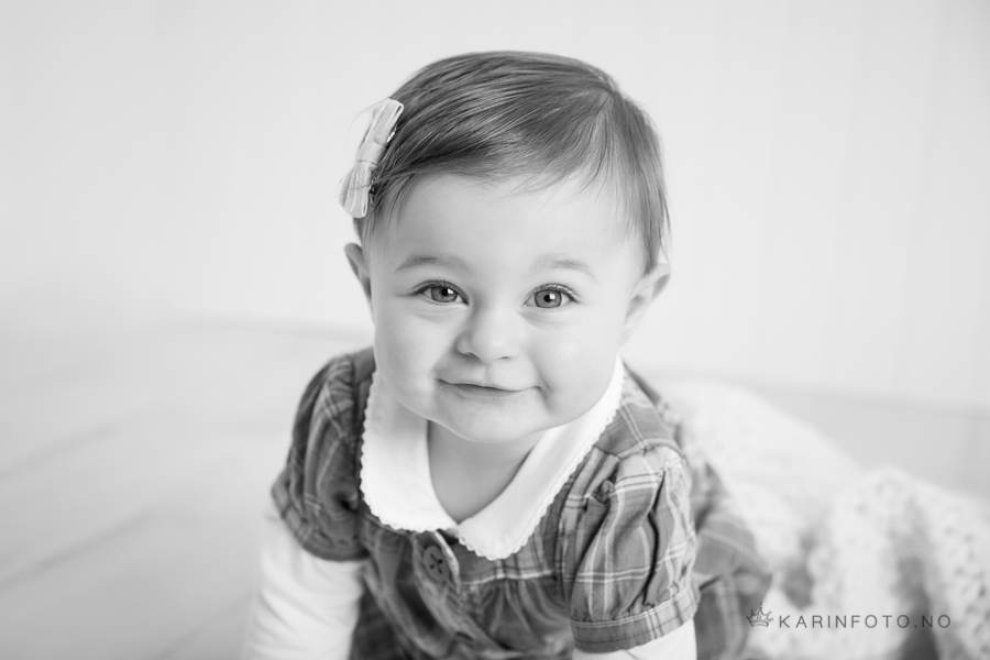 1 årsfotografering,barnefotograf,karinfoto,fotograf Karin Pedersen,sarpsborg,moss,halden,fredrikstad