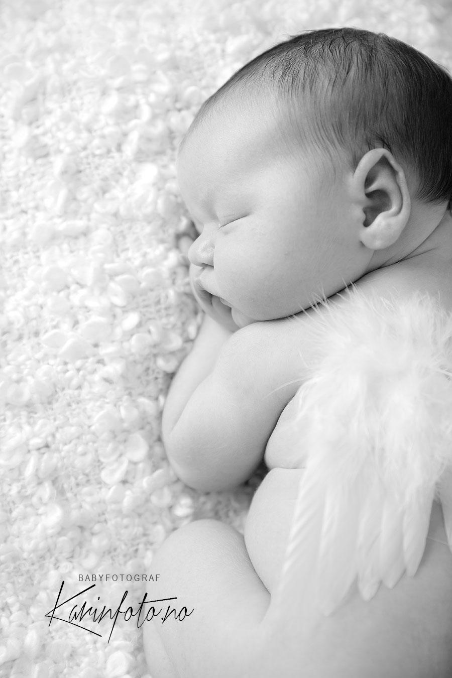 Nærbilde, nyfødt,nyfødtfotografering,sorthvitt,babyfotograf,østlandet,sarpsborg,