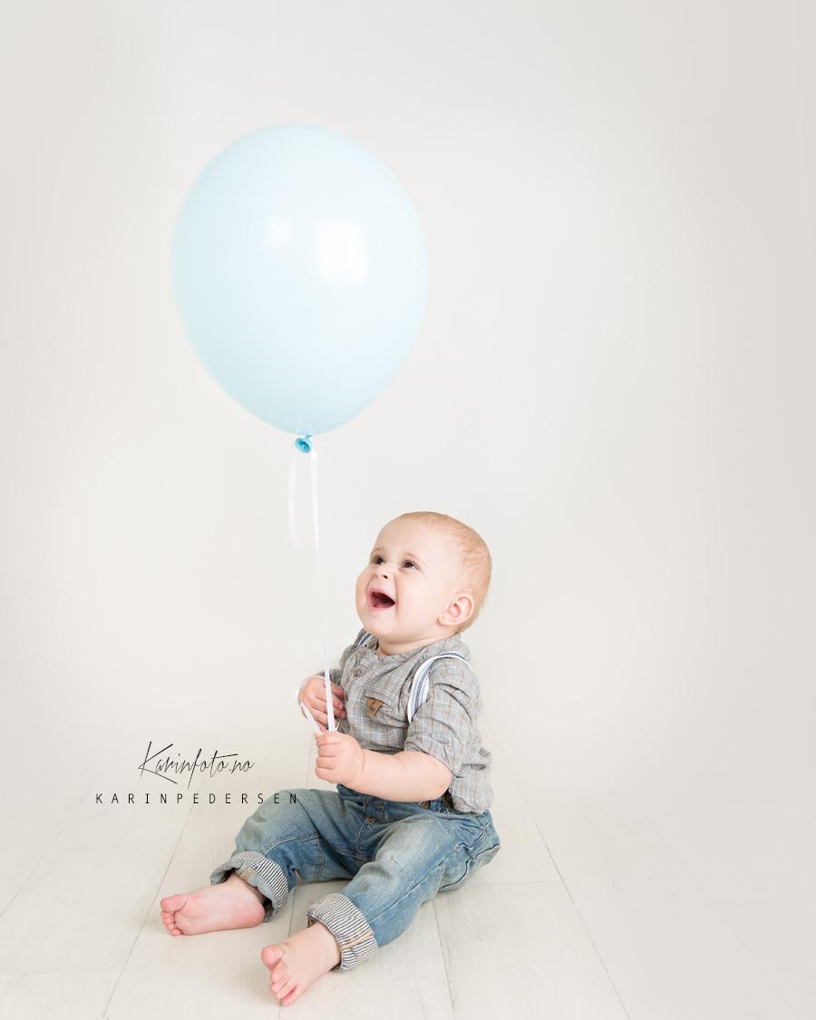 1årsfotografering,ettårsfoto,ettår,fotografering,baby,barn,karinfoto,fotograf