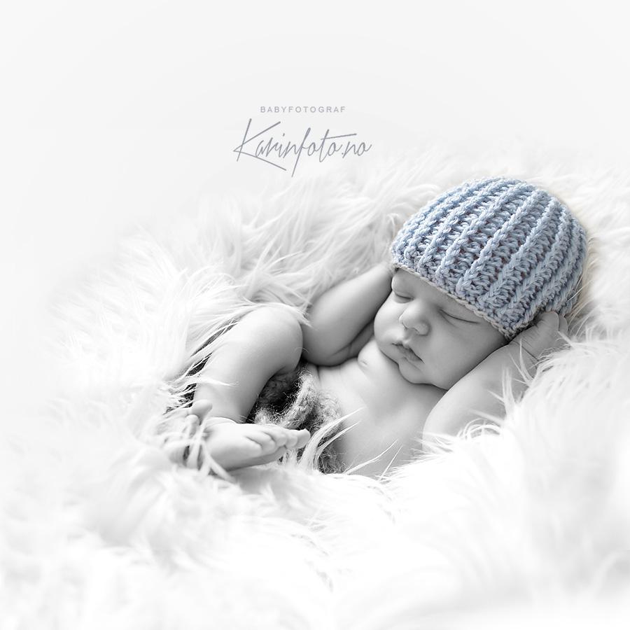 Nyfødtfotografering,karinfoto,nyfødtfotograf,babyfotograf,heklet nyfødtlue,sarpsborg,østfold,fredrikstad