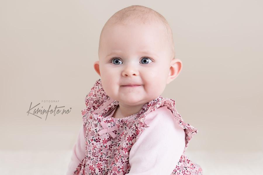 Babyfotograf,Karin Pedersen,Sarpsborg,Vakker Prinsesse,portrett,babyportrett,tyllprinsesse,Babyfotograf i Sarpsborg