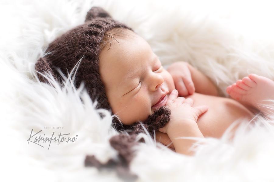 Smil,nyfødtfotografering