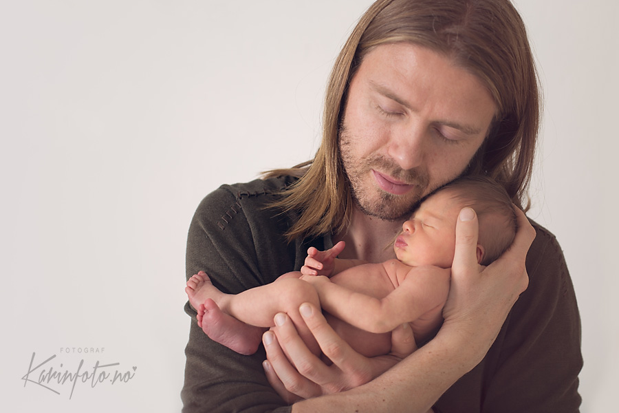 Far og datter,karinfoto,portrett,nyfødtfotograf,babyfotograf,nyfødtfotografering