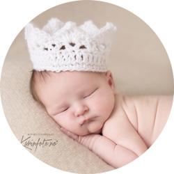 Vakre prinsessen i hvite detaljer