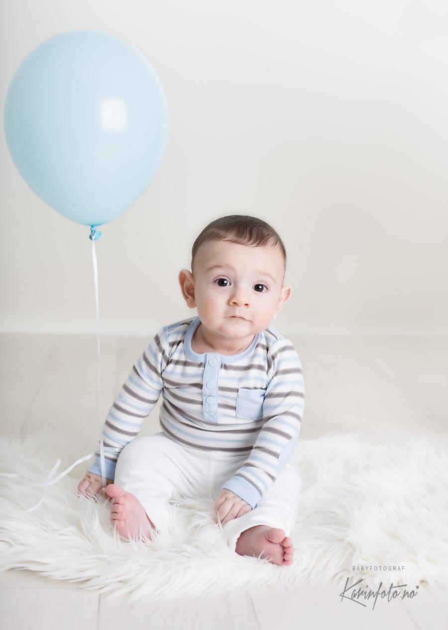 Babyfotograf i Sarpsborg,Østfold,baby 6 mnd,Karinfoto,karin pedersen,baby 6mnd,Moss