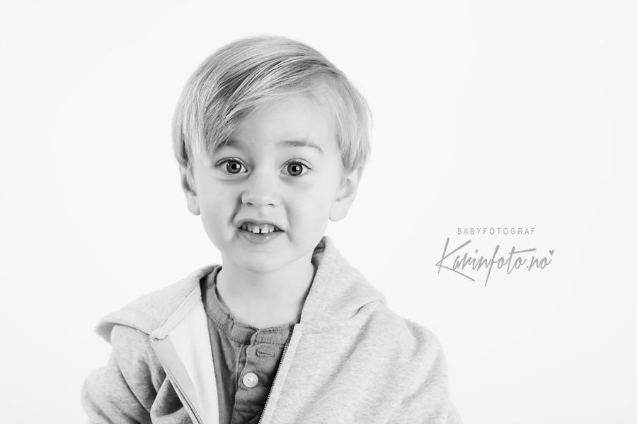 Fotograf Karin Pedersen KarinFoto,nyfødtfotograf,nyfødtfotografering,Sarpsborg,babystudio,fotografering,