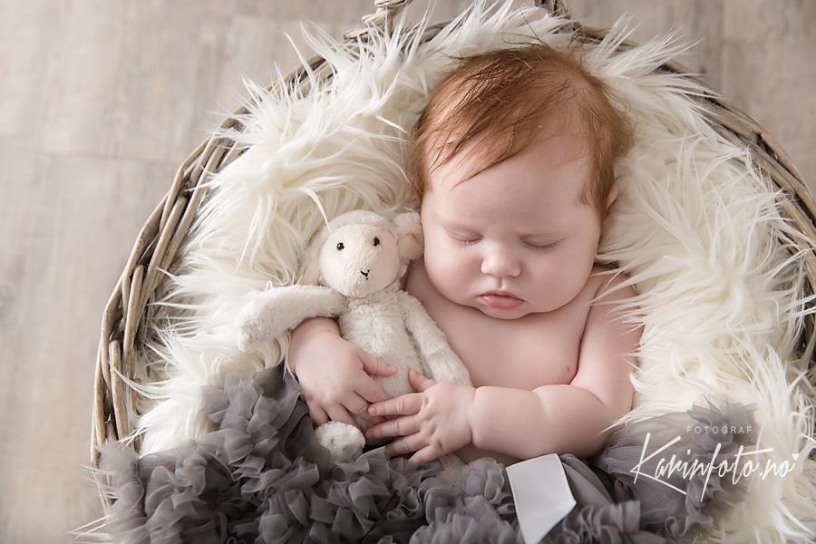 Nydelig babyfotografering,Karinfoto studio i Sarspborg,Babyfotograf,nyfødtfotograf Østfold