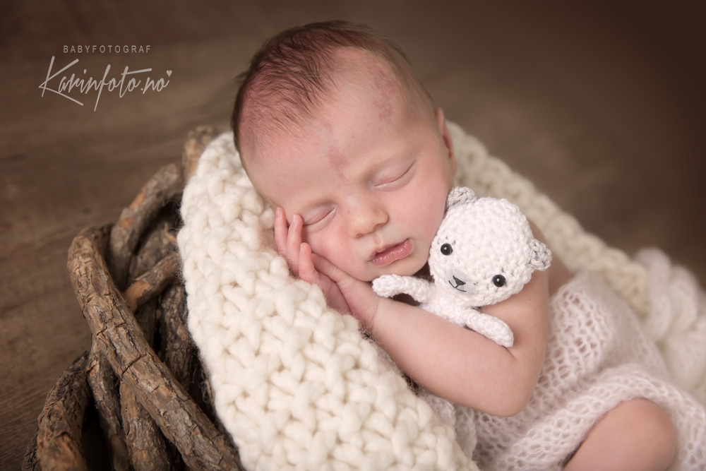Babyfotograf Sarpsborg,Nyfødtfotograf Sarpsborg,Fotograf,nyfødtfotografering,KarinFoto,Babyfotograf,erfaren babyfotograf,Moss,Fredrikstad,Halden,strömstad