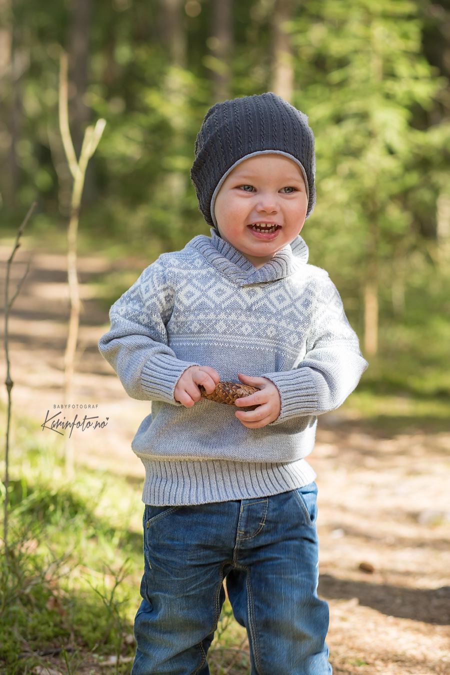 Babyfotograf_karinfoto_barnefotografering,utefotografering,Karin Pedersen
