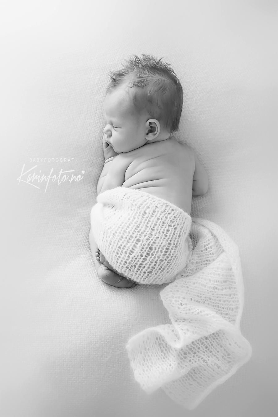 babyfotograf Karin Pedersen, KarinFoto, Nyfødtfotografering, Nyfødtfoto