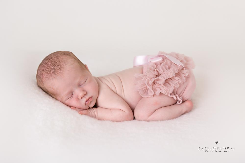 Karin Pederse,karinfoto,babyfotograf,nyfødtfotograf,babyfotograf,babyfotografering,nyfodtfotografering,søskenfotografering,