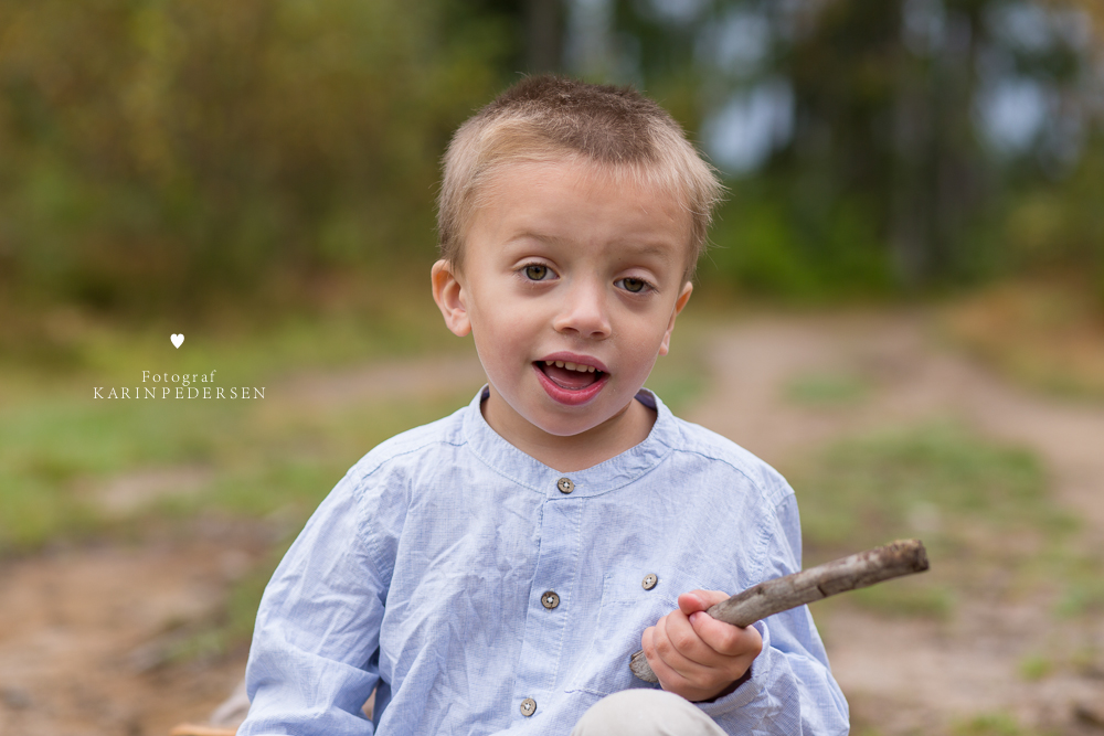 Barnefotografering,søskenfotografering,storebror,søskenportrett,barneportrett,barnefotograf,sarpsborg,østfold,oslo,vestfold