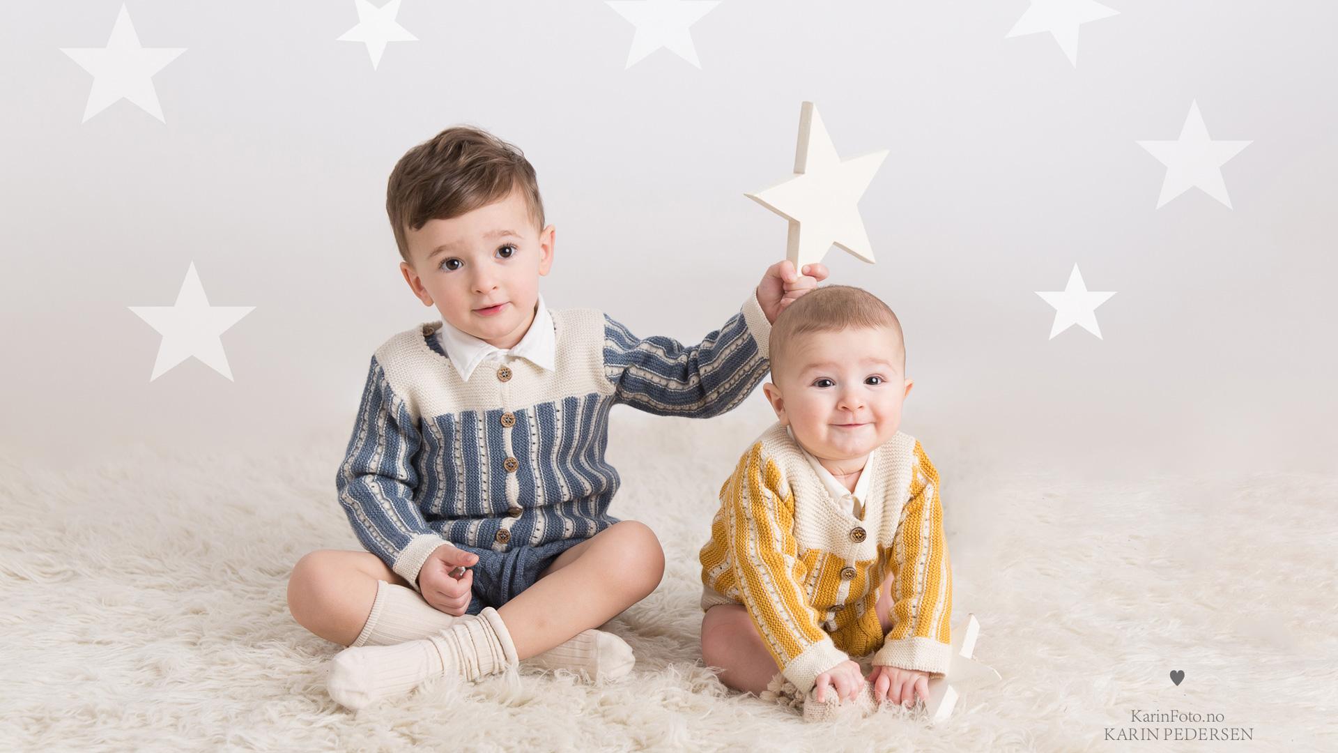 Barnefotograf_KarinPedersen,babyfotograf,babyfoto,barnefoto,Memini,søskenfoto,sarpsborg